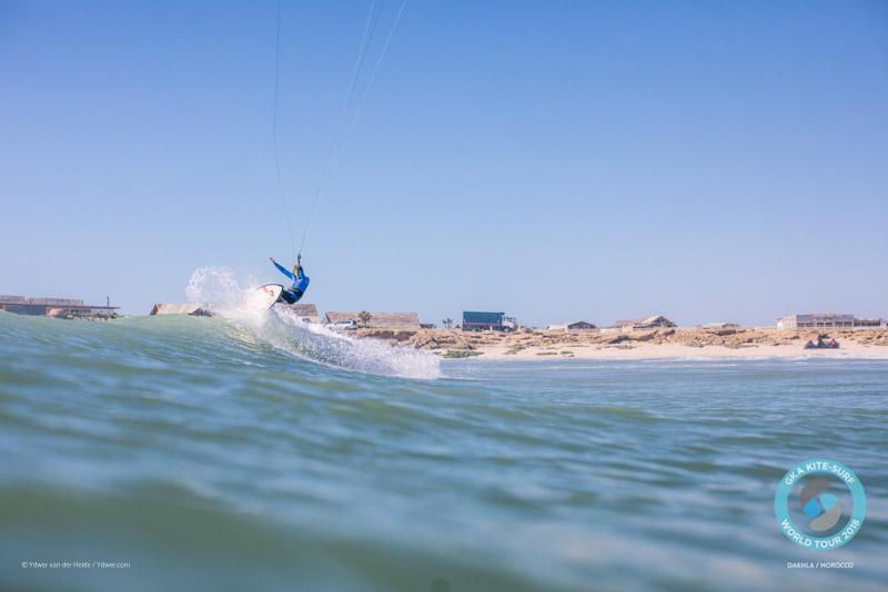 Keahi de Aboitiz kitesurfing Dakhla day one