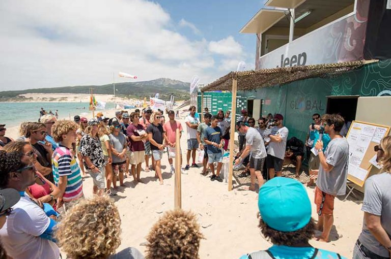Image for Jeep Tarifa Pro 2018 – The Air Games Riders Step-Up On Day 2