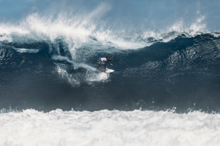 Image for Wild Wednesday – Men's Wave – Mauritius Day Six